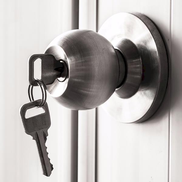 Door Knob with Two Keys